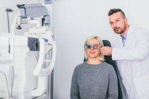 למה רופאי העיניים עושים עבודה כל כך גרועה?